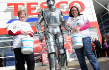 Dalkieth_tesco_fun_day_041_landing
