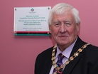 Provost_james_robertson_with_plaque_listing