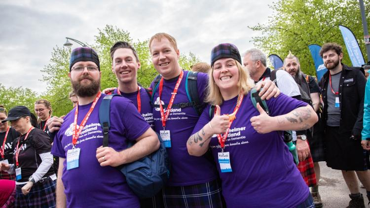 Alzheimer walkers at Kiltwalk