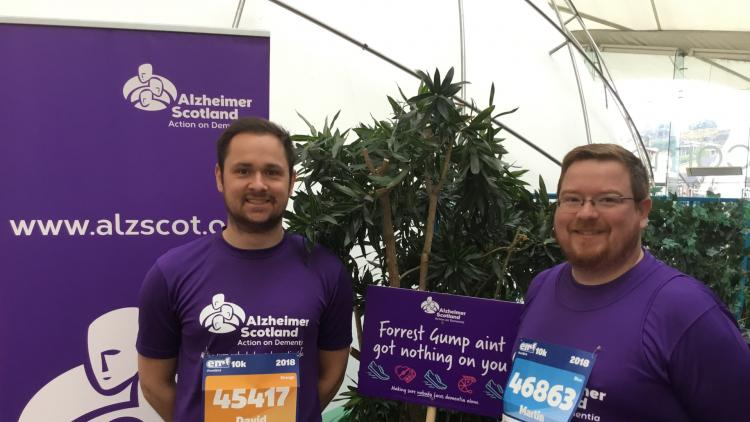 Two men get ready to run a fundraising event for Alzheimer Scotland